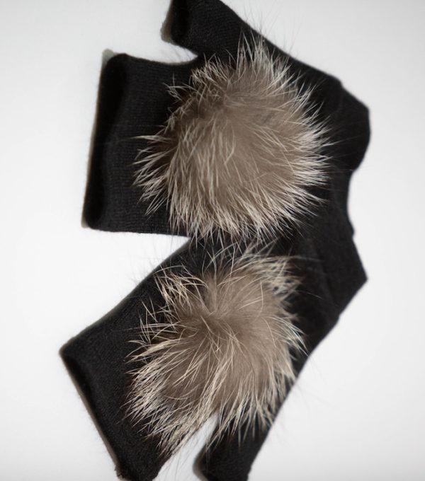 Перчатки из ангоры с помпоном чернобурка